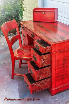Shabby Chic Desk Decor Antiques 51 Ideas For 2019 Red Distressed Furniture, Funky Painted Furniture, Painted Bedroom Furniture, Farmhouse Furniture, Farmhouse Desk, Distressed Desk, French Farmhouse, Country Farmhouse, Shabby Chic Chairs