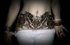 Sexy Lower Back Tattoos for Women (41)