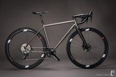 レオンサイクル| カスタムレーシングバイクのメーカー!