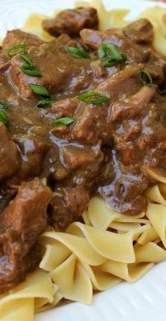 Slow Cooker Beef and Noodles Recipe