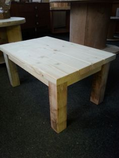 Coffee table made from reclaimed pallet wood
