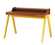 Escrivaninha HannaEstrutura: madeira de taeda reflorestada / Acabamento: poliuretano composto por tingidor, selador e verniz / Pés: MDF laminado com acabamento poliuretano composto por primer e esmalte