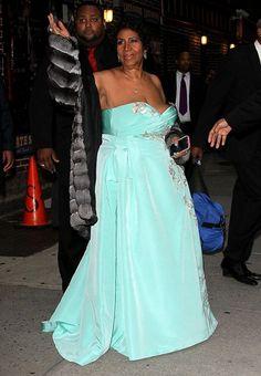 Aretha Franklin v odvážných šatech