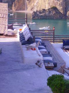 """Terrazza Lounge Bar """"Kibar"""" per aperitivi al tramonto(Hotel Chiaia di Luna, Isola di Ponza)"""