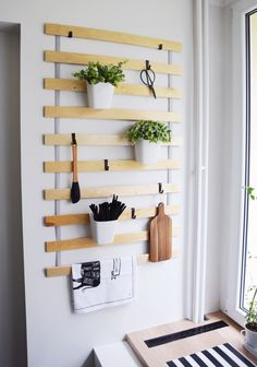 DIY: Organizer kuchenny ze stelażu łóżeczka | One Little Smile