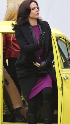 Jennifer Morrison & Lana Parrilla filming episode 4x19 - February 19, 2015