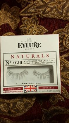 New, Eylure Naturals No 020 Lightweight Reusable Lashes adhesive included. Pending