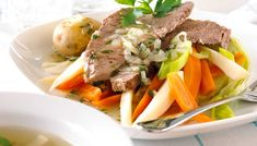 Alt du kan lage med kokekjøtt - Oppskriftskroken Pot Roast, Panna Cotta, Beef, Ethnic Recipes, Food, Recipes, Carne Asada, Meat, Roast Beef