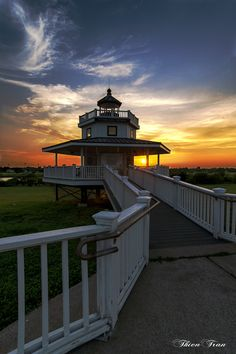 Half moon shoal lighthouse in Texas city by ttran0778 on 500px