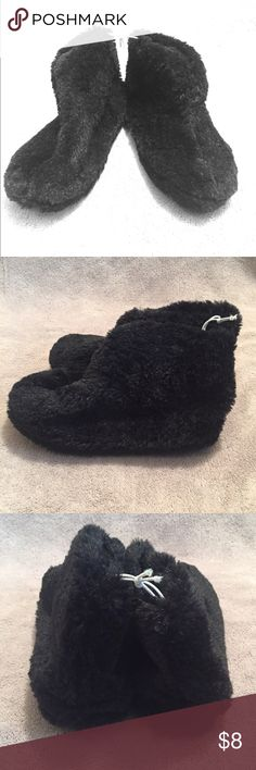 🆕 NWOT Cozy Black Slippers NWOT.  Fuzzy, black ankle-height slippers.  Fleece-like soft inner lining.  Soft sole with light treading. Shoes Slippers