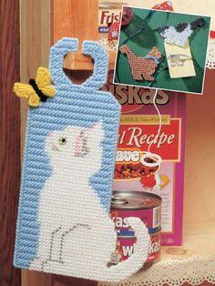 Plastic Canvas - Accessories - Decorations & Knickknacks - Frisky Felines - #FP00026