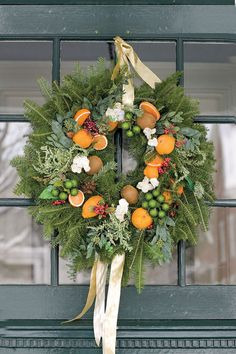 Welcoming Holiday Decorations - TownandCountrymag.com