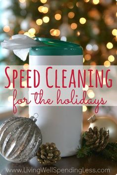 Nobody wants a messy house during the holidays, but who has time to clean?   Practical tips (& a few cheats) for keeping your house clean during the holidays in just a few minutes a day!  Includes a super cute free printable checklist as well!