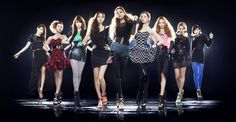 Girls' Generation (So Nyuh Shi Dae / SNSD / Shojo Jidai) looking regal and glamorous for their Japanese Arena Tour *L-R: Sooyoung , Sunny , Tiffany , Yoona , Jessica , Seohyun , Yuri , Hyoyeon , Taeyeon