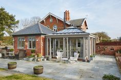 Orford | A classic country kitchen with coastal inspiration (do Davonport)