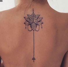 Mandala tattoo meaning and patterns that inspire you tatoo feminina - tattoo feminina delicada - tat Mandala Tattoo Meaning, Lotus Mandala Tattoo, Lotus Tattoo Back, Lotus Henna, Butterfly Back Tattoo, Henna Art, Mini Tattoos, Trendy Tattoos, Body Art Tattoos