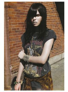 metallica // biker babe // rock n roll // vintage tee // grunge Soft Grunge, Pastel Grunge, Modern Grunge Fashion, Punk Fashion, Rocker Fashion, Metal Fashion, Street Fashion, Fall Fashion, Hippie Look