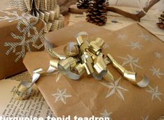Weihnachten: Recycling-Geschenkverpackung  Christmas: Recycling Gift Topper Tutorial   Turquoise Tepid Teadrop
