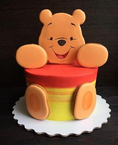 61 Ideas Baby Boy Birthday Cake Ideas Fondant For 2019 Toddler Birthday Cakes, Baby Boy Birthday Cake, Cool Birthday Cakes, Birthday Ideas, Fondant Cupcakes, Cupcake Cakes, Fondant Baby, Winnie The Pooh Cake, Winnie The Pooh Birthday