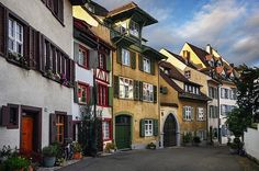 Eye-catching and very quaint Swiss architecture- terrific perspective in this beautiful photograph of  a very picturesque & appealing scene!!