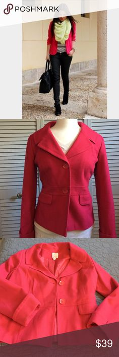 Halogen Hot Pink Blazer Fun and beautiful Halogen tailored fully lined hot pink blazer.  This stunning blazer is a great way to add a pop of color to the dark days of winter.  This blazer is in like new condition. Halogen Jackets & Coats Blazers