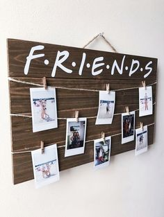 This article is not available - Friends TV Show Wood Picture / Polaroid Display. - This article is not available – Friends TV Show Wood Picture / Polaroid Display with Clips – - Cute Room Decor, Room Decor Bedroom, Diy Room Decor For Teens, Diy Room Ideas, Wood Room Ideas, Cute Room Ideas, Room Ideas For Teen Girls Diy, Diy Room Decor For College, Modern Bedroom