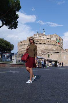 Buongiorno a tutti... ecco la seconda tappa del mio mini tour romano  #LaPinella #tour #shopping #Roma #sneakers #lunedì #castelsantangelo