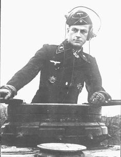 Waffen 3'rd SS Division Totenkopf, Panzer commander upright out of the hatch of his turret