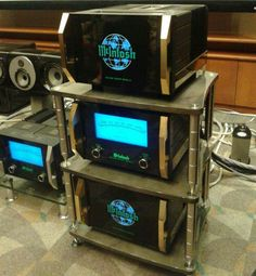 McIntosh Labs MCK2W Power amplifier
