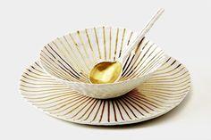 Hand modeled porcelain dinner plate and bowl with gold structure   porcelain .Porzellan .porcelaine  Handmade in Germany: Doris Bank