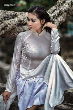 Áo dài - Vietnamese traditional dress; fashion