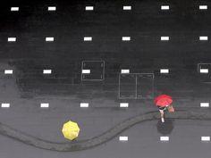 서울 종로구 세종로 청계광장 바닥에 점점이 박힌 조명등도 빗소리에 장단을 맞춰 리듬을 타는 듯합니다. <홍진환 기자>   The lighting of Cheonggye Square floor looks like get into the rhythm of rain in Jongno-gu, Seoul.