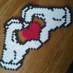 Love hama beads by pemlind