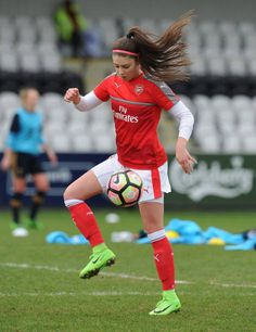 Carla Humphrey of Arsenal warms up before the match between Arsenal Ladies and Tottenham Hotspur Ladies on March 19 2017 in Borehamwood England Arsenal Fc, Arsenal Ladies, Arsenal Football, But Football, Football Girls, Girls Soccer, New Girl, Female Soccer Players, Soccer Motivation