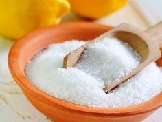 Kámen v toaletě lze odstranit bez drhnutí za pomoci kyseliny citronové - Svět kreativity Salt, Food, Toilet, Lemon, Essen, Salts, Meals, Yemek, Eten