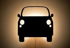 Lampka auto wycinana jest ręcznie ze sklejki. Wymiary ok 38cm x 36cm Za autem znajduje się mocowanie z oprawką E14.  Max moc żarówki 40 wat. Kabel z wyłącznikiem, do wyboru 1,9m lub...