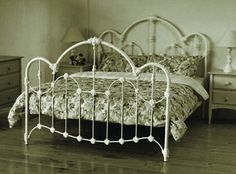 WANSEA Queen Size Cast and Wrought Iron Bed – Antique White – toptrendpin. Cast Iron Bed Frame, Wrought Iron Bed Frames, Old Bed Frames, Cast Iron Beds, Purple Bed Frame, White Iron Beds, Antique Iron Beds, Iron Headboard, Bedroom Furniture Stores