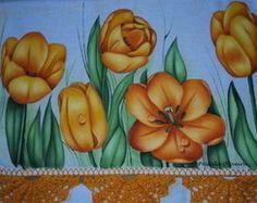 Pano de prato com tulipas