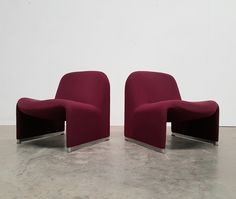 For sale: Pair of Burgundy red Alky chairs by Piretti for Castelli, Bedroom Wardrobe, Sofa Furniture, 1970s, Armchair, Burgundy, Chairs, Home Decor, Vintage, Design