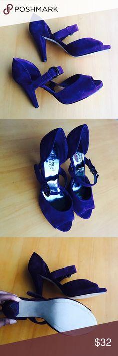 FRANCO SARTO 🚩FINAL SALE!!! •••Purple Velvet 👠 narrow width & comfortable #Stylish 👌 Franco Sarto Shoes Heels