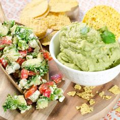 Guacamoler med tvist! Glad, Guacamole, Dip, Mexican, Ethnic Recipes, Cakes, Red Peppers, Salsa, Mudpie