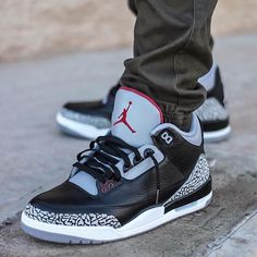 """""""What did you wear today? : Air Jordan 3 'Black Cement' : @sivaady #WDYWT for on-feet photos #WDYWTgrid for outfit lay down photos •"""""""