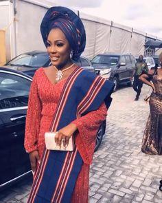 Nigerian Wedding Dresses Traditional, Nigerian Lace Styles, Aso Ebi Lace Styles, African Lace Styles, Traditional Wedding Attire, Lace Dress Styles, African Fashion Skirts, African Prom Dresses, African Dresses For Women