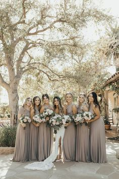 Golden hour weddings shine brighter than the rest - literally! These college sweethearts got married on the California coast, and from her off-the-shoulder indie wedding dress to their vintage rug aisle runner, we are hooked. Beige Bridesmaids, Neutral Bridesmaid Dresses, Wedding Bridesmaids, Champagne Bridesmaid Dresses, Bridesmaid Gowns, Mix Match Bridesmaids, Bridesmaids And Groomsmen, Bouquet Wedding, Indie Wedding Dress