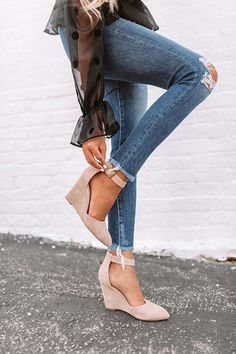 Women Jeans Outfit Persephone Pants Grey Cardigan Outfit Mustard Coat Hippie Chic Clothing Skate Trousers Jeans And Heels Outfit – azalearlily Wedges Outfit, Heels Outfits, Jean Outfits, Casual Outfits, Outfits With Grey Cardigan, Hippie Chic Outfits, Trouser Jeans, Trousers, Jeans And Wedges