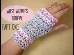 This step by step tutorial will show you how to crochet easy wrist warmers / fingerless gloves which can be made in any size. These pretty wrist warmers are . Fingerless Gloves Crochet Pattern, Mittens Pattern, Fingerless Mittens, Crochet Beanie, Crochet Baby, Free Crochet, Knit Crochet, Learn Crochet, Flower Crochet