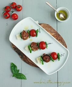 Caprese Meatballs (low carb and gluten free) - ibreatheimhungry.com