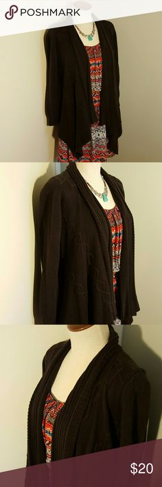 AB Studio Dark Brown Sweater Knit Cardigan S Versatile open cardigan sweater from AB Studio from Kohl's.  Size women's small size 4 to 6.  Dark chocolate brown.  Foldover ribbed collar.  Asymmetrical hemline.  Longer in front and shorter in back.  Sleeves are 3/4 if rolled up.  Excellent gently used condition. AB Studio Sweaters Cardigans