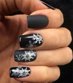 15-hiver-noir-nail-art-Designs-Idées-autocollants-2016-hiver-Nails-11