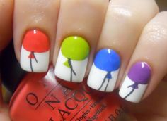 Balloon nails?! Love this idea for a birthday. What occasion would you play up your nails with balloons for?